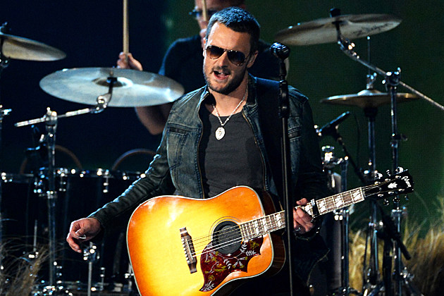 Eric Church Performing