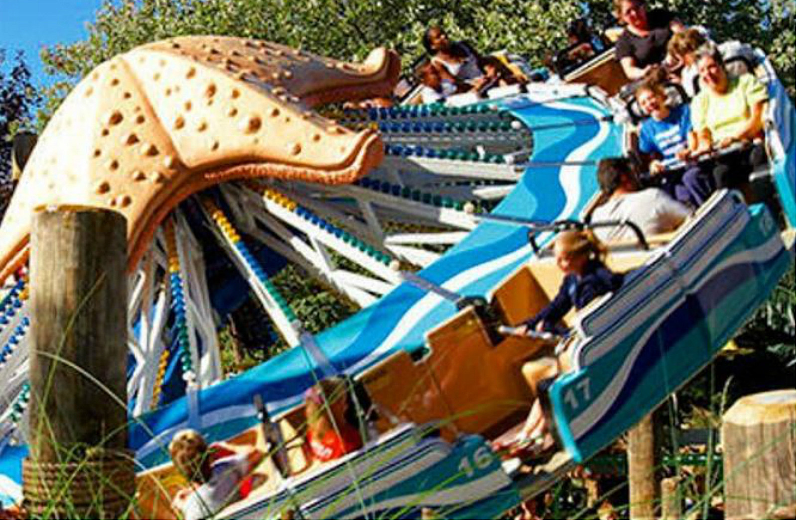 canobie lake park opens this weekend